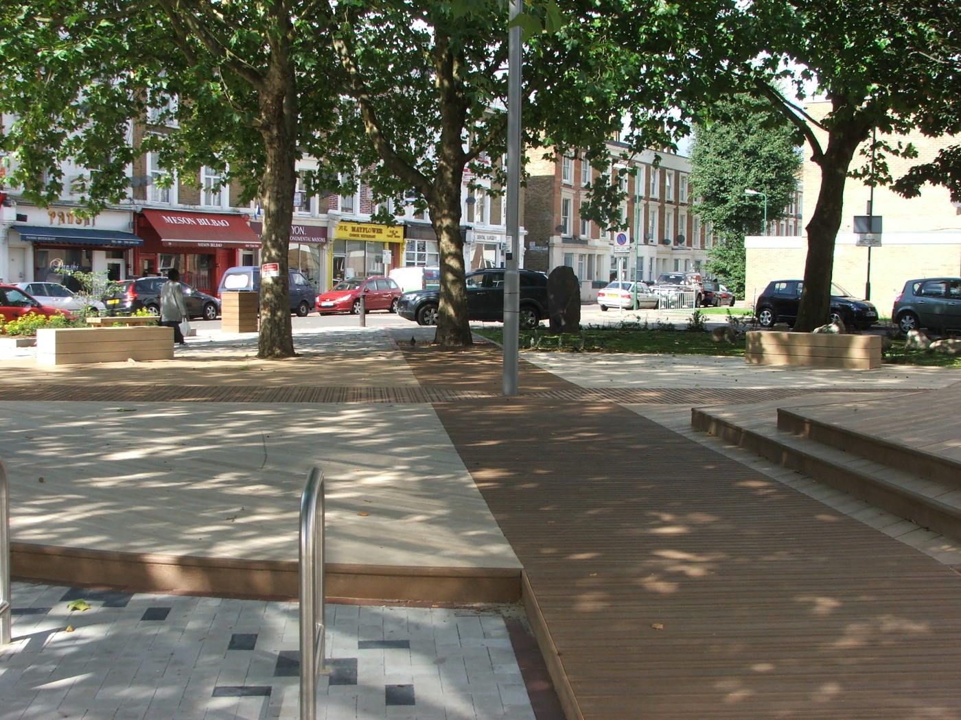 Composite decking design and installation London