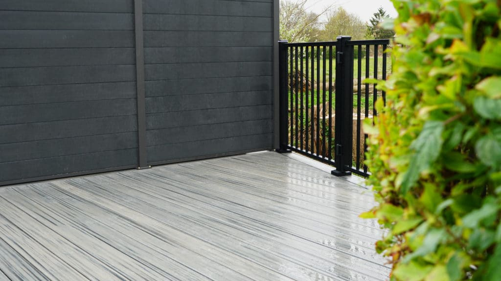 trex decking with lights